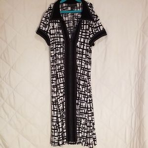 Connected Apparel Black & White Geometric Dress